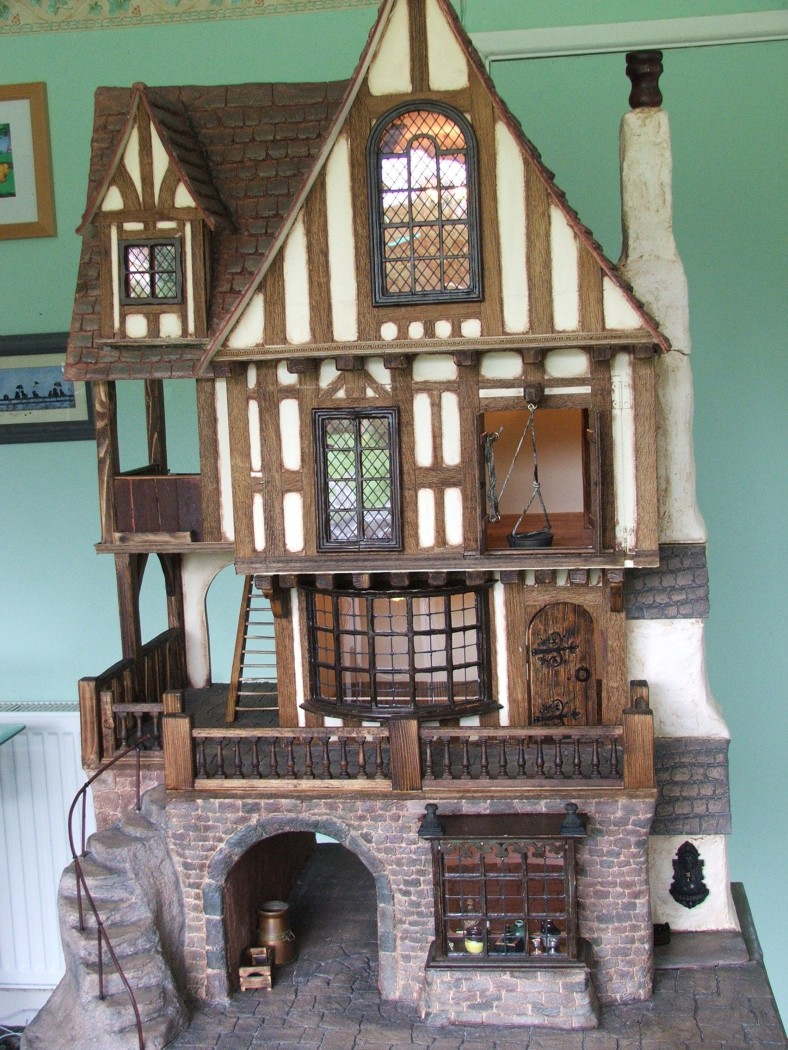 Dolls house plans uk escortsea for Fantasy house plans